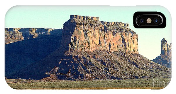 Desert Scene Usa Phone Case by John Potts