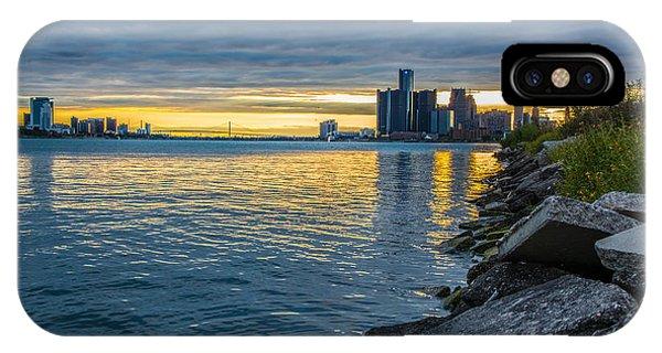 Detroit Sunset IPhone Case