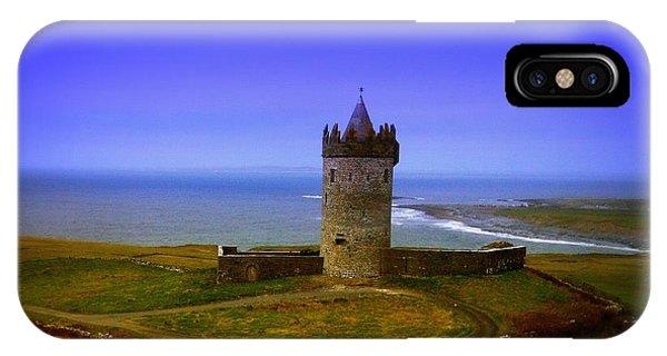 Grenn iPhone Case - Doonagore Castle - Co. Clare - Ireland by Ilona Asaciova