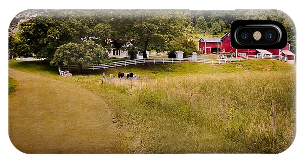 New England Barn iPhone Case - Down On The Farm by Bill Wakeley
