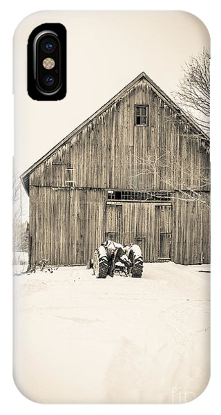 New Hampshire iPhone Case - Downtown Metropolitian Etna New Hampshire by Edward Fielding