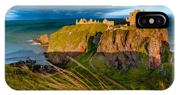 Dunottar Castle Phone Case by David Ross
