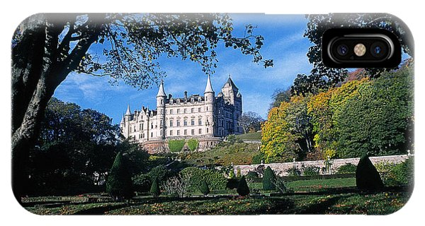 Dunrobin Castle Phone Case by Buddy Mays