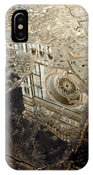 Duomo Reflected In Rain  I I IPhone Case