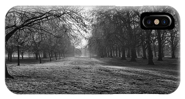 Early Morning In Hyde Park IPhone Case