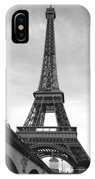Eiffel Classic IPhone Case