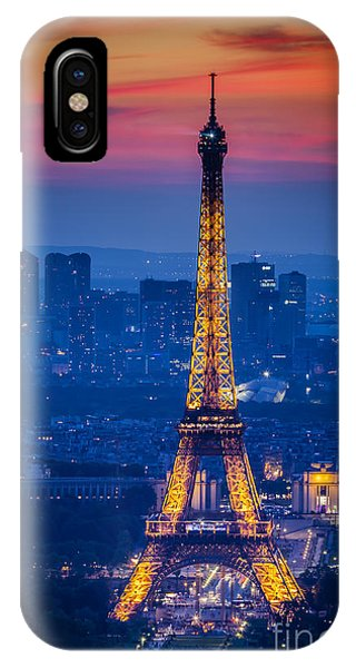 IPhone Case featuring the photograph Eiffel Tower At Twilight by Brian Jannsen