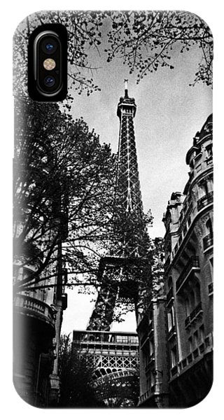 Paris iPhone Case - Eiffel Tower Black And White by Andrew Fare