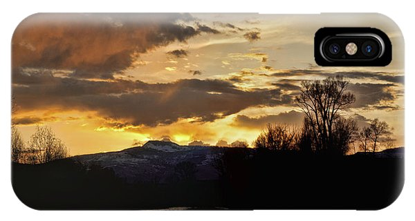 Elk River N Pilots Nob Sunset Ver 2 IPhone Case