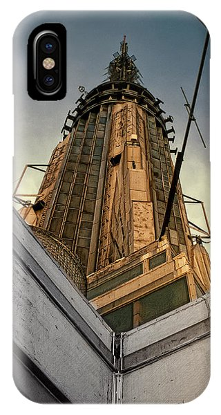 Empire State Building iPhone Case - Empire State Building Summit by Daniel Hagerman
