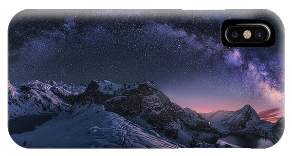 Winter iPhone Case - Entrelagos by Carlos F. Turienzo