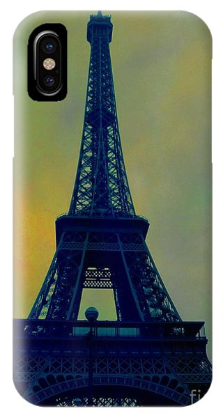 Evening Eiffel Tower IPhone Case