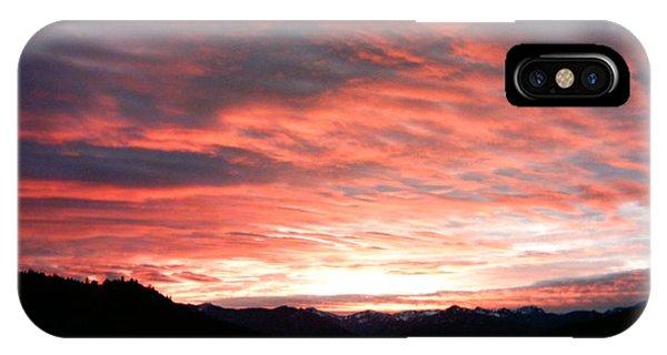 Evening Splendor  Phone Case by William McCoy