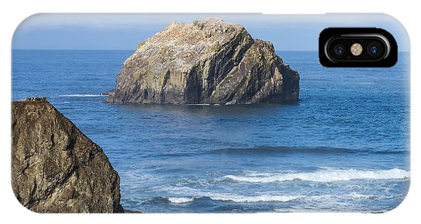Face Rock Landscape IPhone Case
