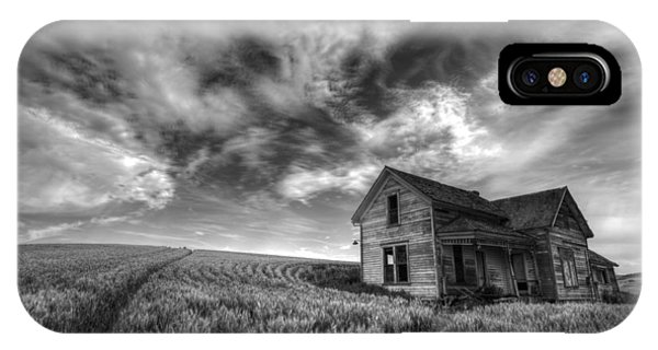 Farmhouse B And W IPhone Case