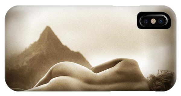 Female Nude At Mt. Pali Hawaii IPhone Case