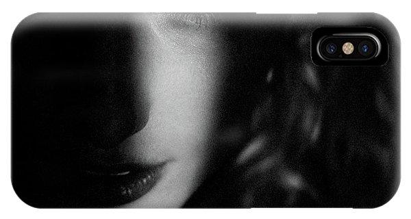 Femme Fatale Phone Case by Marco De Waal