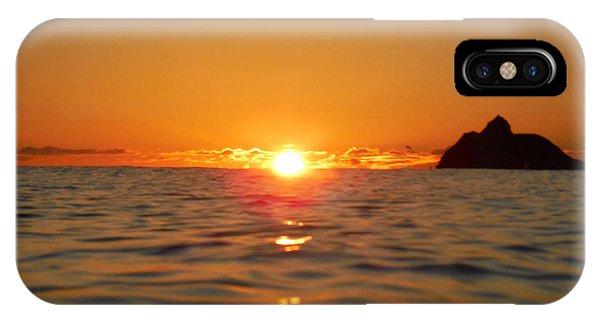 Fire On The Ocean  Phone Case by Bill Reynolds