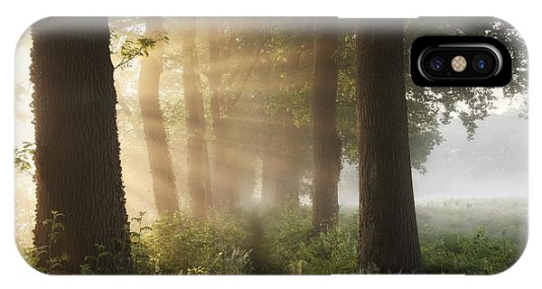 Alley iPhone Case - First Day Of Summer by Vincent Croce