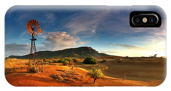 Red Sky iPhone X Case - First Light On Wilpena Pound by Bill  Robinson
