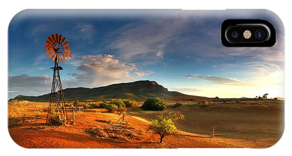 First Light On Wilpena Pound IPhone Case