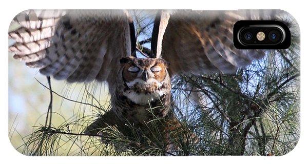 Flying Blind - Great Horned Owl IPhone Case