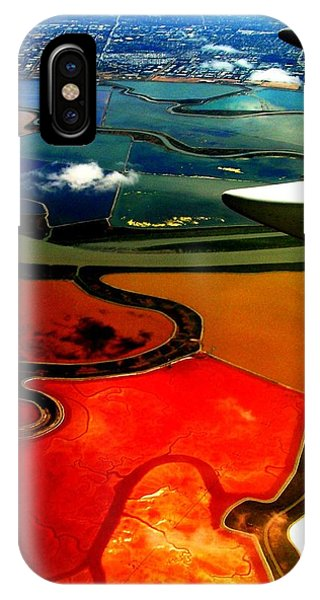 Flying Into Sfo IPhone Case
