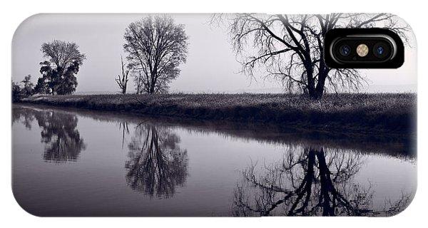 Horicon Marsh iPhone Case - Foggy Morn Bw by Steve Gadomski