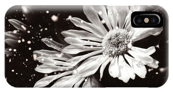 Fractured Daisy IPhone Case