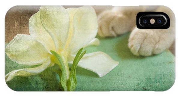 Fragrant Gardenia IPhone Case