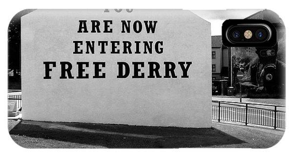 Free Derry Corner 9 IPhone Case