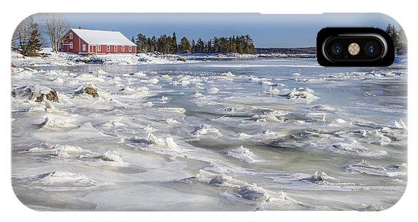 New England Barn iPhone Case - Frozen by Evelina Kremsdorf
