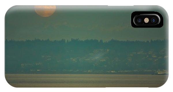 Full Moon Rises IPhone Case