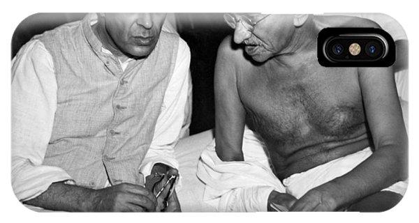 British Empire iPhone Case - Gandhi Talks With Nehru by Underwood Archives