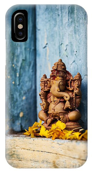 Ganesha Statue And Flower Petals IPhone Case