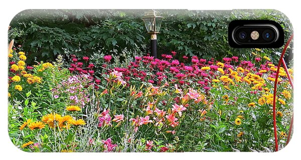 Gardens 109 Phone Case by Patsy Pratt