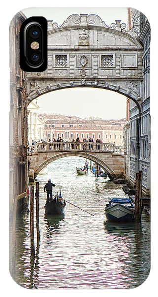 Gondolas Under Bridge Of Sighs Phone Case by Susan Schmitz