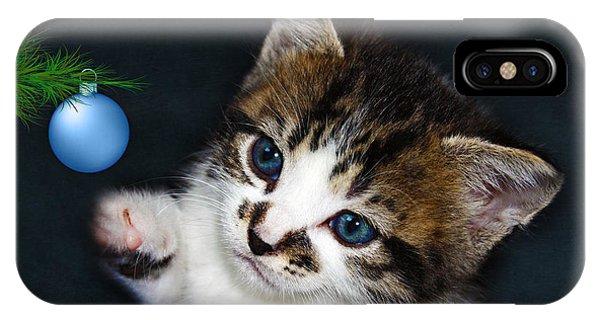 Gorgeous Christmas Kitten IPhone Case