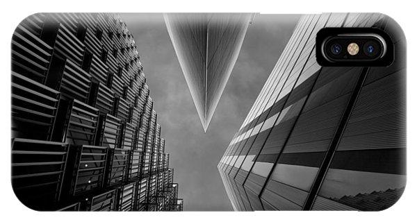 England iPhone Case - Gotham City by Roland Shainidze