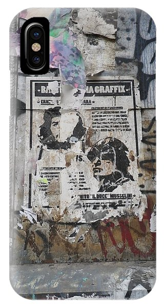 Graffiti In New York City Che Guevara Mussolini  IPhone Case