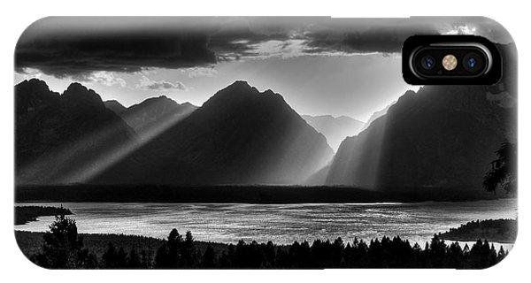 Grand Teton Light Beams IPhone Case