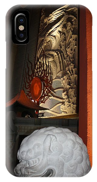 Grauman's Chinese Theatre IPhone Case
