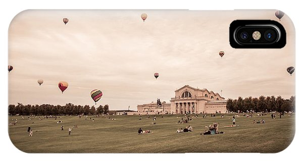 Great Forest Park Balloon Race IPhone Case