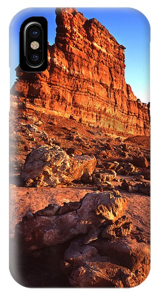 Gunsight Rock Phone Case by Ray Mathis