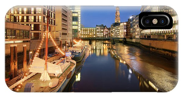 Hamburg Nikolaifleet IPhone Case