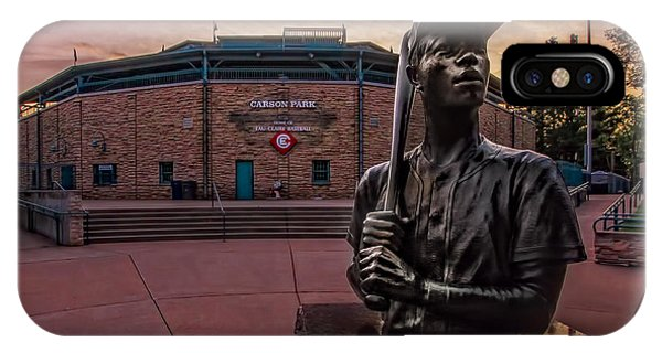 Hank Aaron Statue IPhone Case