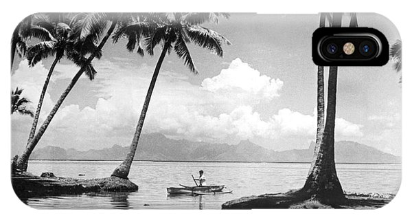 Sea Life iPhone Case - Hawaii Tropical Scene by Underwood Archives