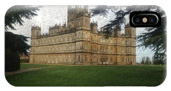 Highclere Castle Downton Abbey 2 IPhone Case