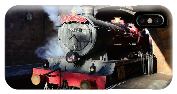 Hogwarts iPhone Case - The Hogwarts Express Is Here by David Lee Thompson