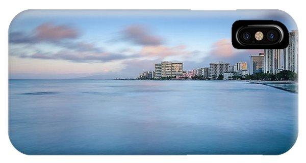 Honolulu Waikiki Early Morning Phone Case by Tin Lung Chao